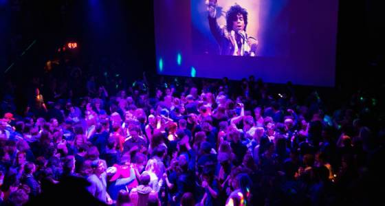 from_broadway_to_paisley_park_the_many_beautiful_and_purple_ways_people_paid_tribute_to_prince_m9.jpg